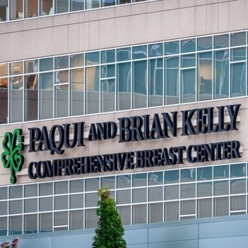 Paqui and Brain Kelly Comprehensive Breast Center Opens