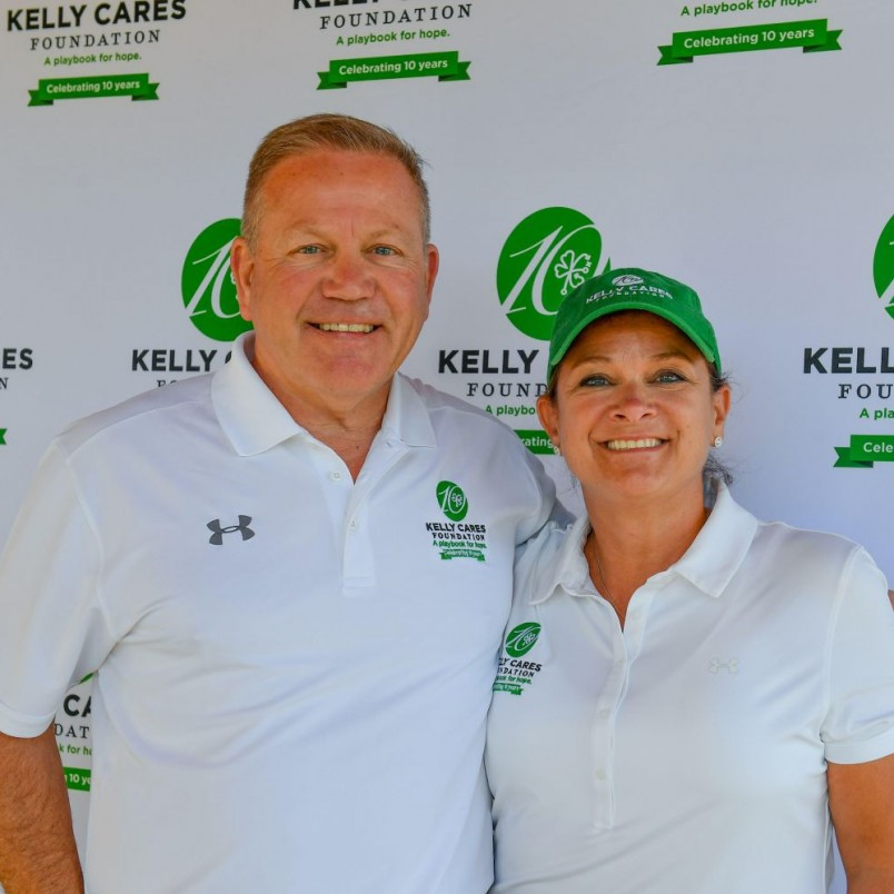 Coach Kelly wins Stallings Award